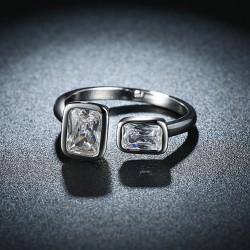 Ρυθμιζόμενο Επάργυρο Δαχτυλίδι με Ζιρκόν, Τετράγωνα, Πλατίνας