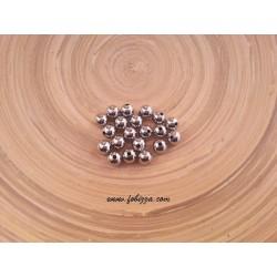 20 τεμ, 8 χλστ διάμετρος, 2 χλστ τρύπα, Μεταλλικές Χάντρα, Στρογγυλό, Πλατίνας