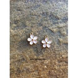 2 τεμ, 15x12 χλστ, Τρύπα: 2 χλστ, Μεταλλικό, Λουλούδι, Χρυσό με Άσπρο Σμάλτο