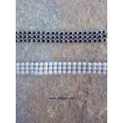 50 εκατ., 10 χλστ πάχος, Πλέγμα απο Χαλκό, Τεχνητά Κρύσταλλα και Hotfix, 3 Σειρές Cup Αλυσίδα, Ασημί βάση, Μαύρο
